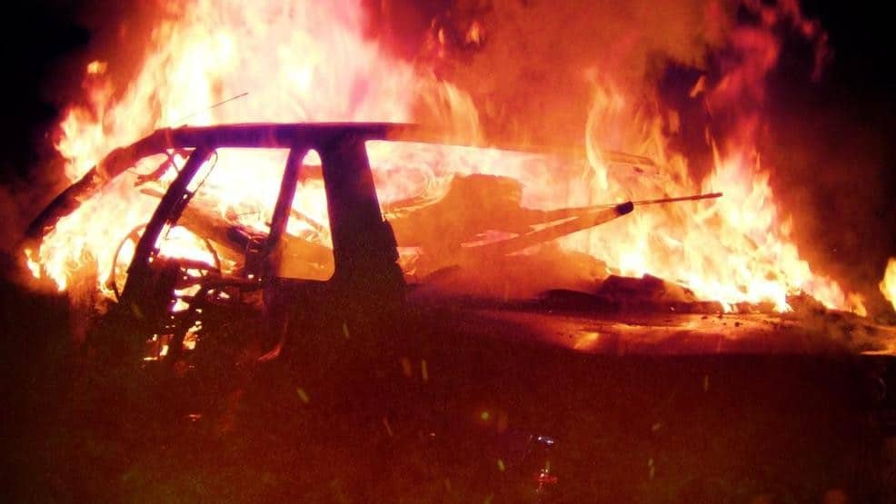 3-YO girl dies in burning car with doors chained shut; father in custody
